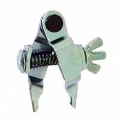 Outil de montage pour attache chaîne de transmission